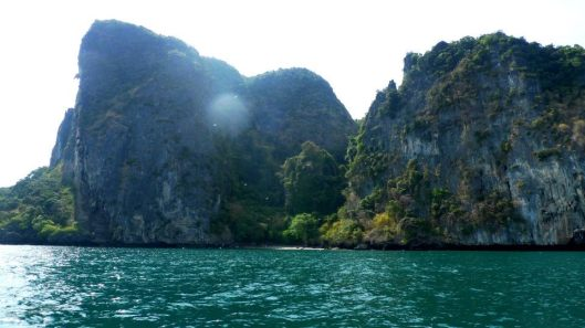 gorgeous gorgeous limestone cliffs