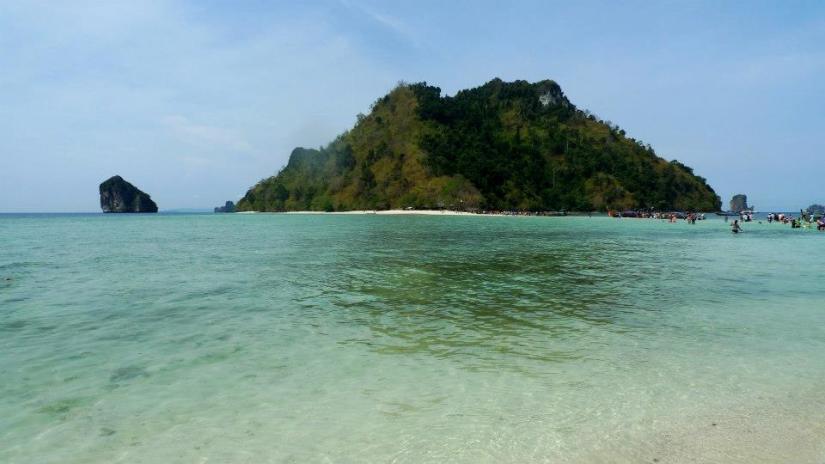 Tup Island which was just next to Chicken Island.